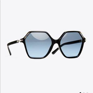 Tory Burch Accessories - Tory Burch Oversized Inlay Sunglasses
